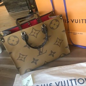Louis Vuitton On The Go reverse giant  tote bag